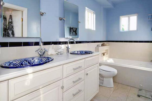 blue white bathroom design ideas