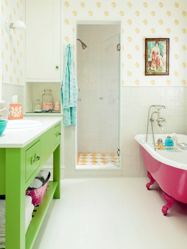 bright bathroom design with pastel tone