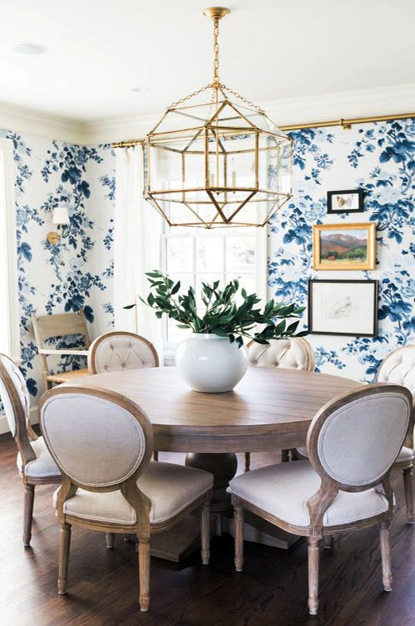 chic wooden round dining table