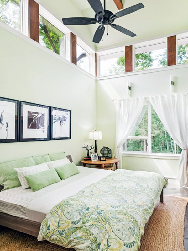 green bedroom decoration