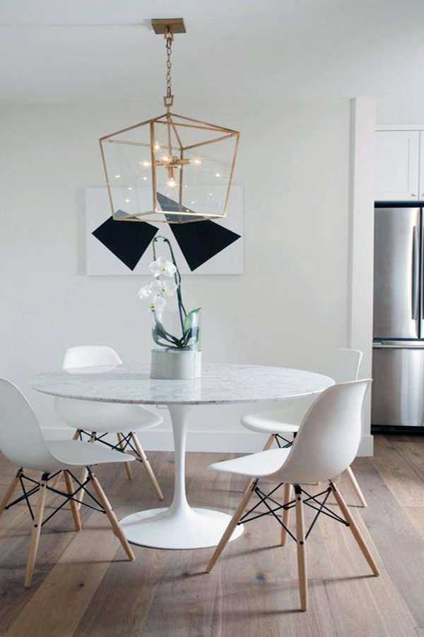 minimalist touch to dining room