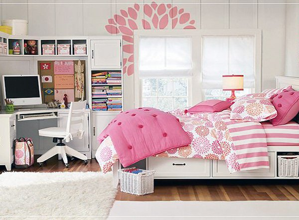 stylish teen bedroom