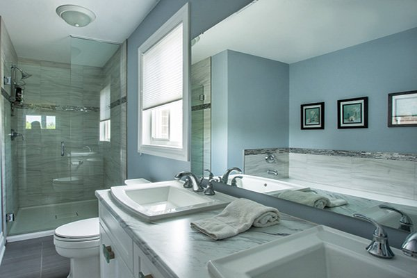 white blue bathroom designs