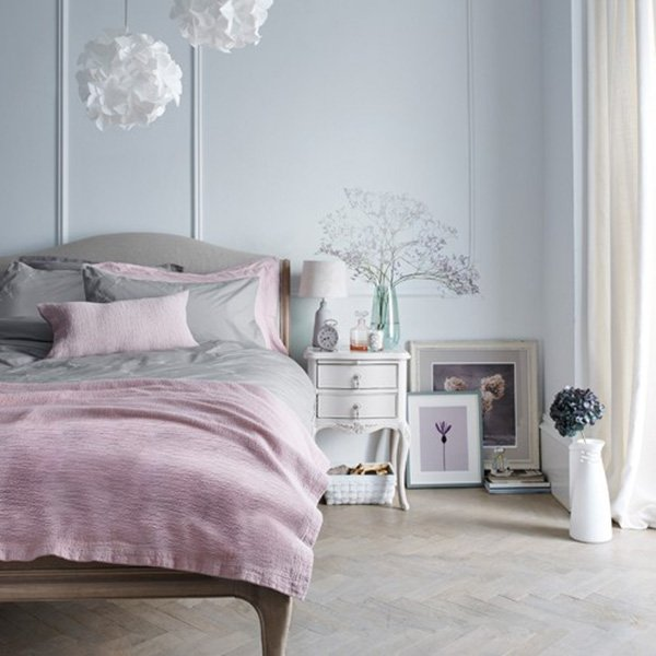 bright pastel bedroom decor