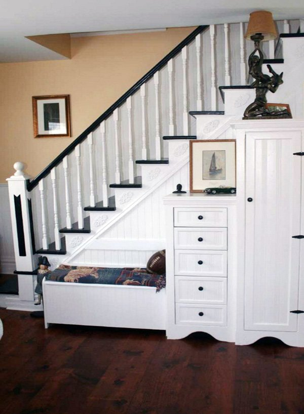 under stairs decor ideas