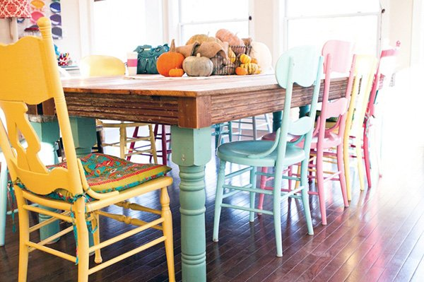 pastel dining table and chairs