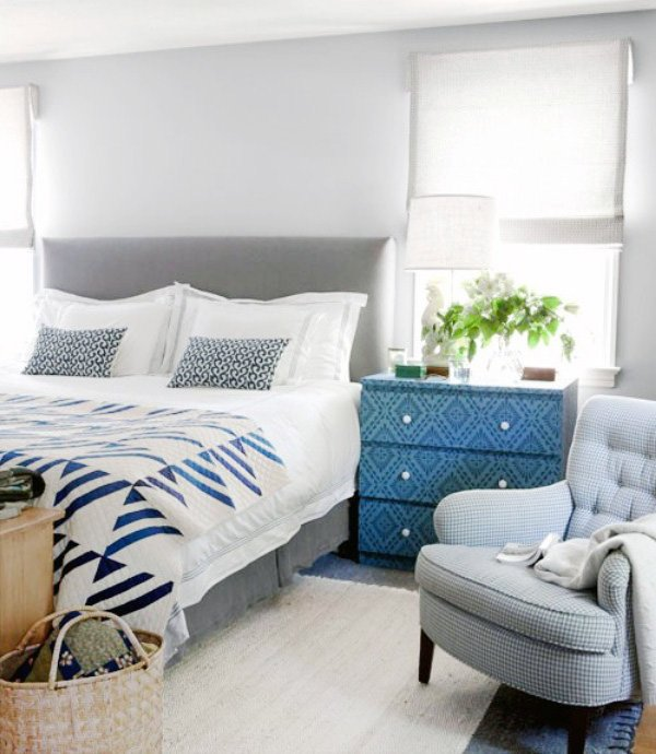 blue white bedroom design